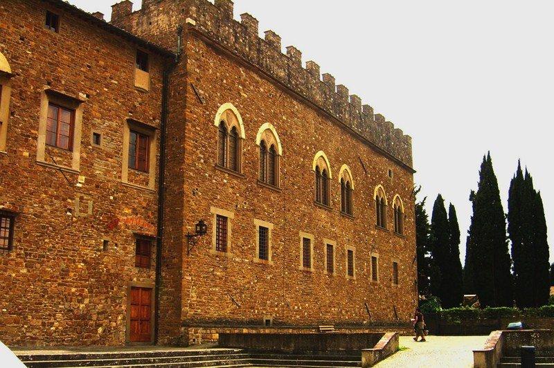 Сан Миниато аль Монте - базилика во Флоренции