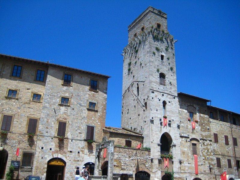 Площадь колодца, Сан-Джиминьяно, Тоскана