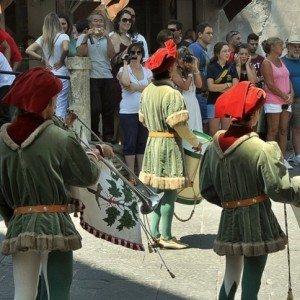 Праздник Дрозда состязание лучников