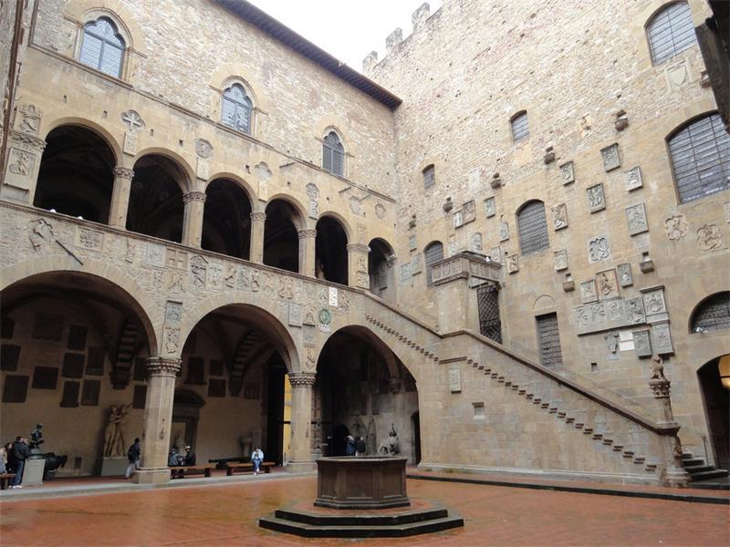 1 музей Барджелло италия