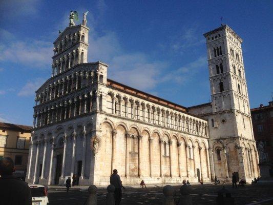 Тоскана Лукка собор