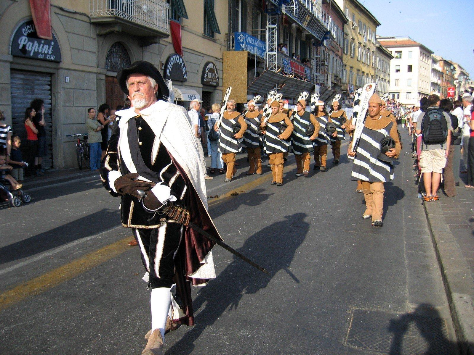 Джоко-Дель-Понте: исторический фестиваль в Пизе